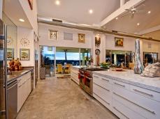 013_Kitchen2